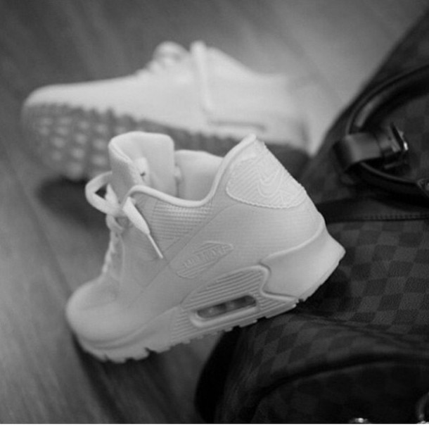 nsl2pf-l-610x610-shoes-air-max-white-sneakers-shoes-swag-wheretoget-allwhite-tumblr-instagram-nike-nike
